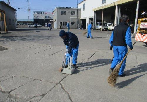 ブログ更新しました「6月の道路清掃日」